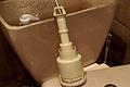 Cambiar junta del descargador con tirador de una cisterna gala
