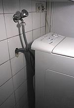 Cómo desatascar el desagüe de la lavadora o el lavavajillas