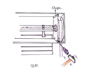 Quitar tornillos de la chapa que hay en el cajon de una - Como cambiar una persiana ...