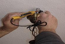 Cómo utilizar el comprobador de corriente en las reparaciones