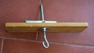 Colgar lámpara pesada en techo de escayola